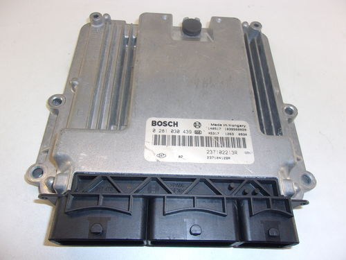 CALCULATEUR MOTEUR RENAULT / DACIA REF:0281030439 / 237102213R